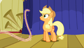 Applejack oh a floating rope S1E6.png