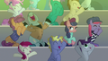 Method Mares cheering for the actors S8E7.png