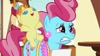 Mrs. Cake worried; Pumpkin Cake squeals S5E19