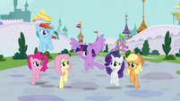 "Twilight ""urgent summons to the castle"" S9E1"