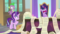Twilight starts to hyperventilate again S9E1