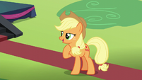"Applejack ""that's more like the Rara I remember"" S5E24"