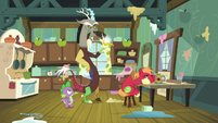 Discord snapping his fingers again S8E10