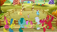 Las dos ponis en competencia de laceo