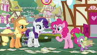 Pinkie Pie -I'm sure Rarity has her reasons- S7E9