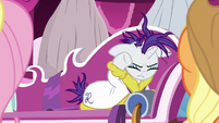 "Rarity ""the sad, invisible pony I've become"" S7E19"