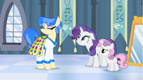 Rarity promising Sapphire Shores that she will love the headdress S4E19