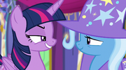 Twilight smiling contemptuously at Trixie S6E6