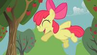 Apple Bloom salta T1E12