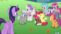 Cutie Mark Crusaders are very popular S7E14.png