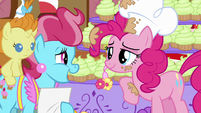 Mrs. Cake says Pinkie's name S5E19