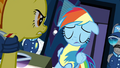 Rainbow taking in the news S3E7.png