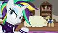 Rarity buys a new chaise from Davenport S7E19.png