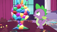 Spike relieved that the statue is okay S5E10