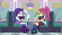 The Shadowbolts listen to Rarity's idea EGS1