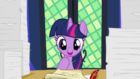 Twilight Sparkle -it's from my parents!- S7E22
