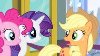 Applejack -that's Dash and Fluttershy!- S4E24