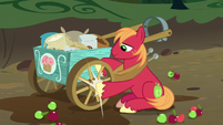 Big McIntosh fixing Sugar Belle's wagon S8E10