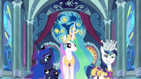 Celestia, Luna, and Shining Armor appear S9E4