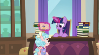 "Cozy ""might do some sightseeing"" S8E25"