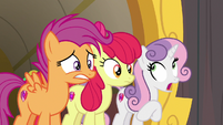 Cutie Mark Crusaders looking nervous S9E22