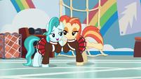 Lighthoof and Shimmy Shake cheek-to-cheek S9E15