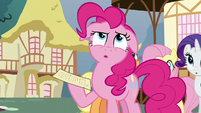 Pinkie Pie ponders the clue S5E19