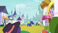 Princess Luna changing tunnel security S9E4
