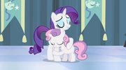 Rarity and Sweetie Belle hugging S4E19