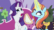 Sassy Saddles offers a tissue to Rarity S7E6