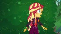 Sunset Shimmer stops to catch her breath EGSBP