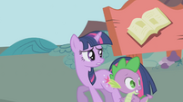 Twilight and Spike trying to get away S1E03