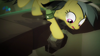 Daring Do nearly falling off S6E13