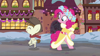 Featherweight tap-dancing S6E8