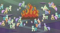 Hippogriffs around a ceremonial fire S8E16