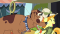Orthros licking Daring Do collector S4E22.png