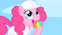 Pinkie Pie licks the rainbow S1E16