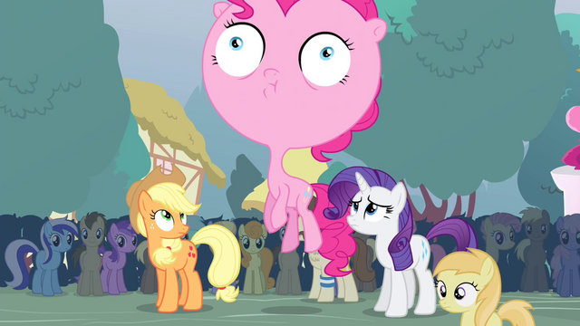 File:Pinkie with big head S4E13.png