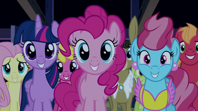 File:Ponies grinning at Rainbow Dash S6E15.png