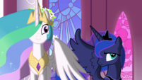 Princess Celestia happy to see Twilight S3E1