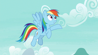"Rainbow Dash ""with the folks of Cloudsdale!"" S7E23"