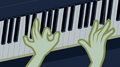 Sweetie Drops playing the piano EG2.png
