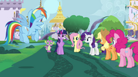 """Twilight Sparkle """"doesn't feel right"""" S4E01"""