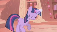 Twilight doesn't let Spike keep his mustache S1E06