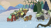 Yona and family sing as they enter forest S8E16