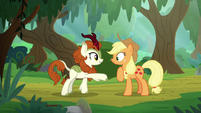 Autumn Blaze introducing herself S8E23