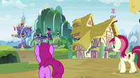 Berryshine and Rose walking through town S9E22