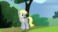 Derpy looking pleased S7E4