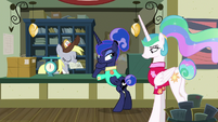 Luna wiggles eyebrows as Derpy takes her letter S9E13