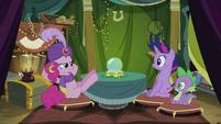 Pinkie Pie laid back S02E20